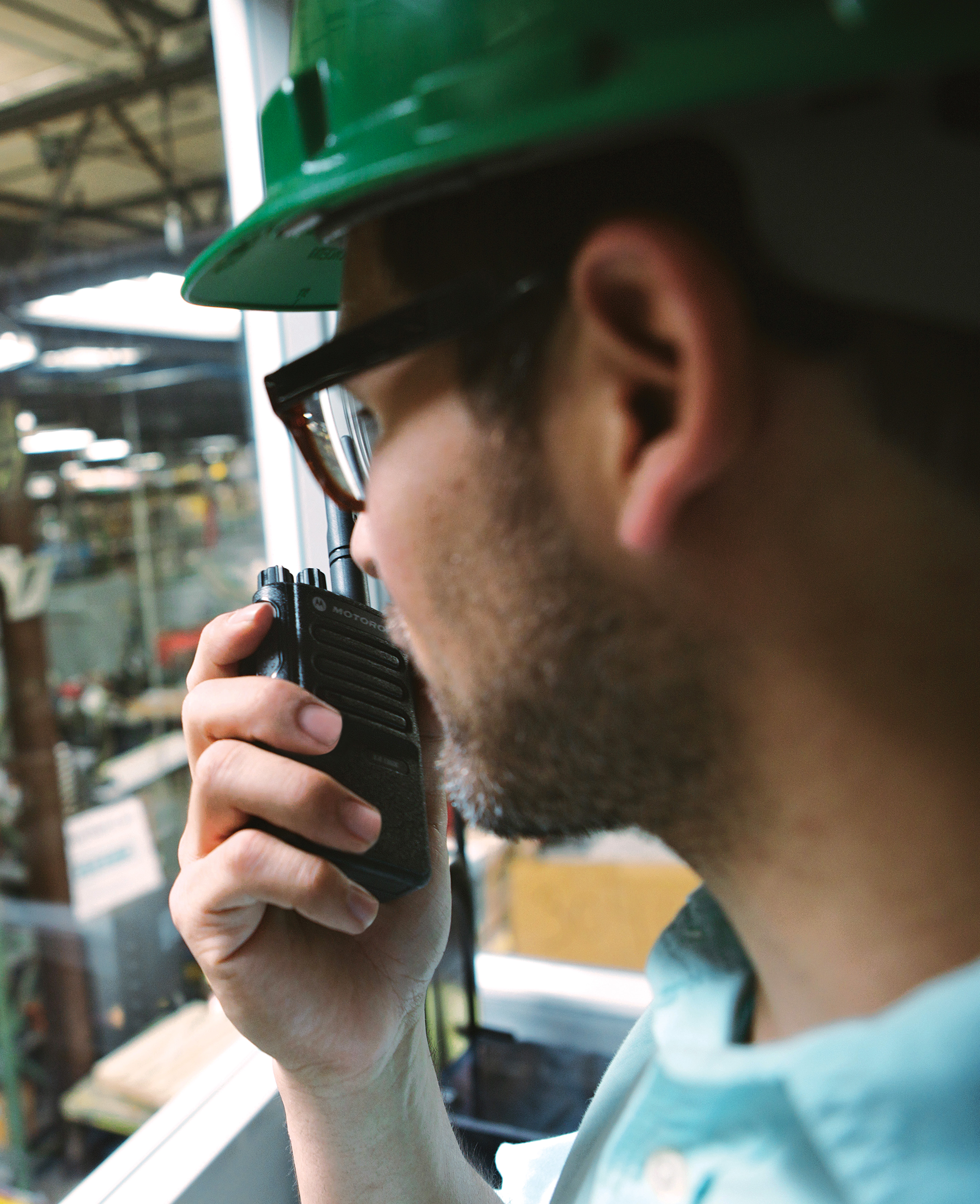 advantages of digital two way radios Latest generation of digital two-way radio systems - crystal clear audio transmissions and impressive functionality enhance productivity, safety & security.